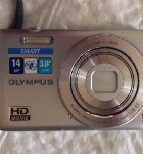 Цифровой фотоаппарат OLYMPUS и чехол