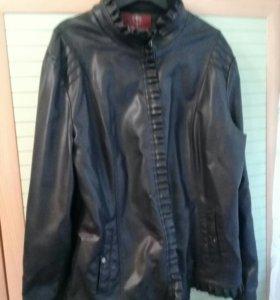 Женская куртка в хорошем состоянии
