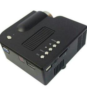 Портативный мультимедийный проектор