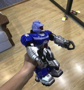 Робот новый