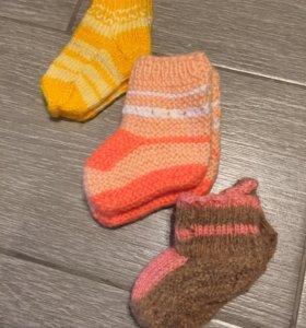 Тёплые носочки до года