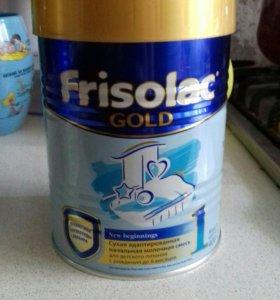 Молочная смесь Фрисолак Голд