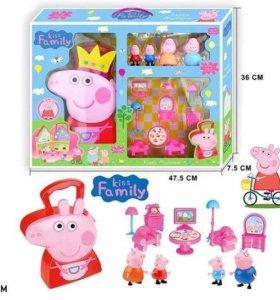 Свинка Пеппа, чемодан с мебелью+ семья