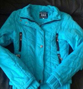Осенняя куртка на девушку