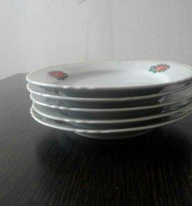 Тарелка мелкая под сладкое торг уместен