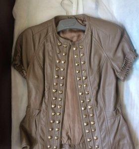 Кожаная куртка женская 42-44, Италия, новая