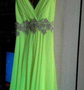Платье для торжественного мероприятия