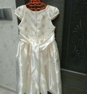Фирменное платье Melody