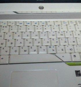Ноутбук aser без видеокарты и HDD.