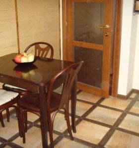 Стол кухонный 4 стула + 2 барный стула