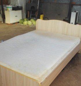 Кровать 205х142 с матрасом