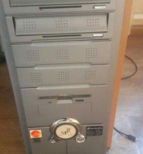 Системник компьютера