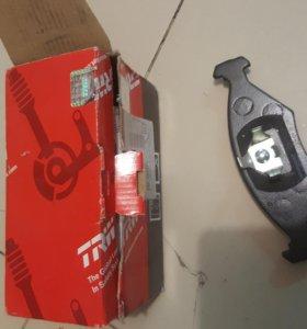 Передние тормозные колодки фольцваген Поинтер