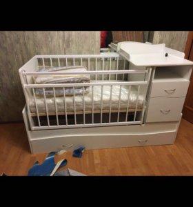 Детская кровать без матраса