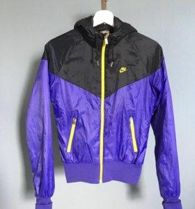 Утеплённая ветровка Nike
