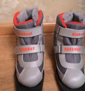 Ботинки детские для беговых лыж