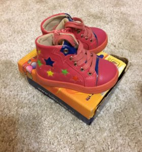 Ботинки для девочки Сказка
