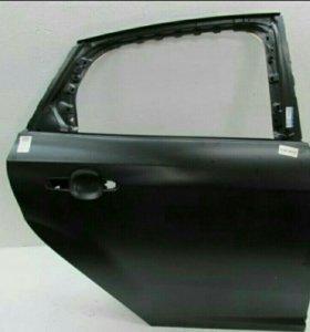 Задняя правая дверь Форд Фокус 3