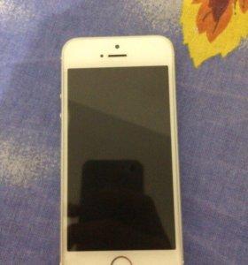 Айфон 5s 16 гб +чехлы