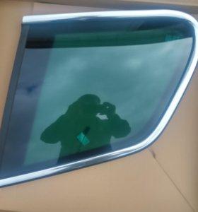 VW Touareg стекло заднее правое неподвижное