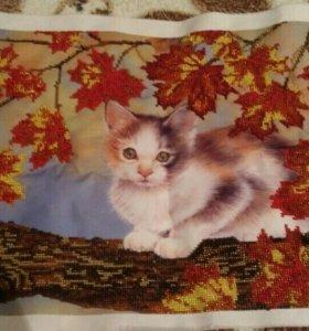 Кошка вышитая из бисера