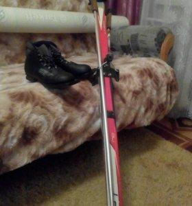 Лыжи беговые в отличном состоянии