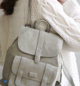 Женский рюкзак (новый)