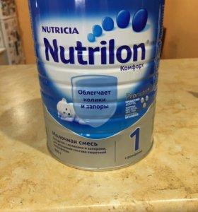 Молочная смесь Nutrilon комфорт 1. 900 грамм