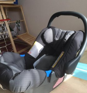 Детское автомобильное кресло - переноска 0-13 кг