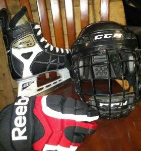 Хоккейный инвентарь