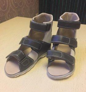 Новые ортопедические сандали