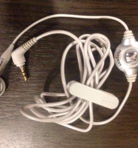 Наушник Samsung с микрофоном