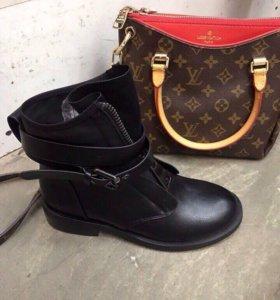 Ботинки женские. Новые!