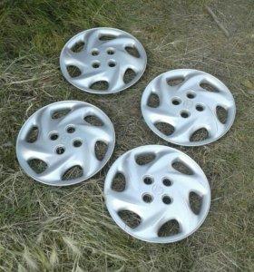 Оригинальные колпаки Toyota R14