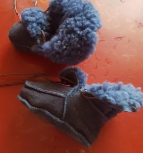 Теплые валеночки для младенца