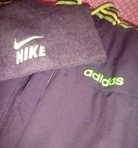 Куртка Адидас.