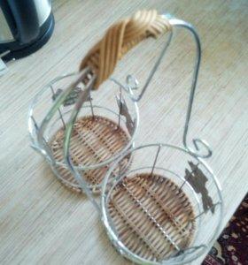 Подставка плетеная