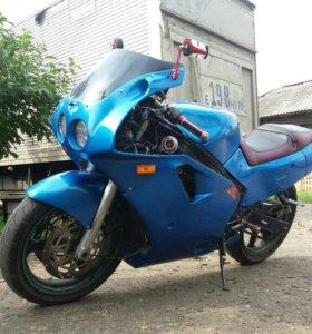 Kawasaki zx 400 ninja