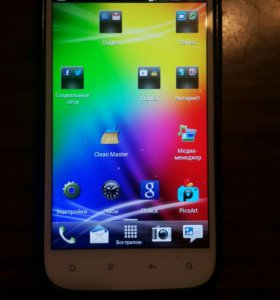 HTC Sensation XL смартфон