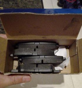 Тормозные колодки на Hyundai Solaris задние!