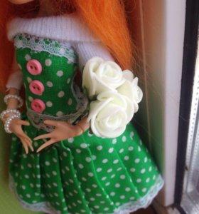 Букет белых роз для кукол