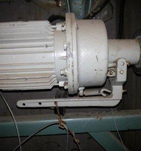 Электродвигатель 850 вт мошный Y и шкив