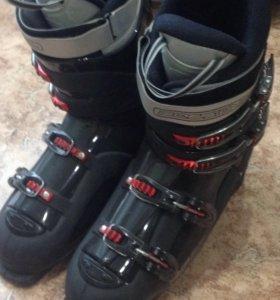 Горнолыжные ботинки ROSSIGNOL р. 31,5 (46)