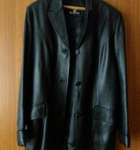 Пиджак мужской кожаный.