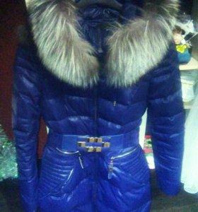 Зимнее пальто очень тёплое в хорошем состоянии .
