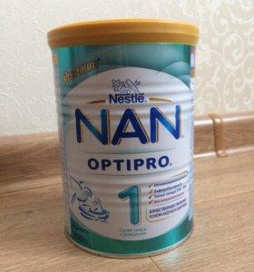 Адаптированная молочная смесь NAN 1 Optipro