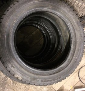 Одна шина Bridgestone Blizzak MZ-01