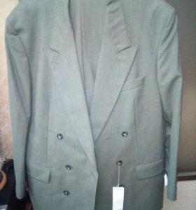Новый шерстяной костюм, 56 размер