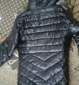Кожанная  куртка почти новый 8 т купил.Или обмень