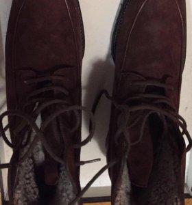 Новые утепленные ботинки натуральная замша